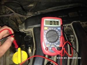 Проверка и чистка клапана фазорегулятора Рено Меган 2