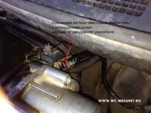 Снятие ресивера впускного коллектора на Рено Меган 2